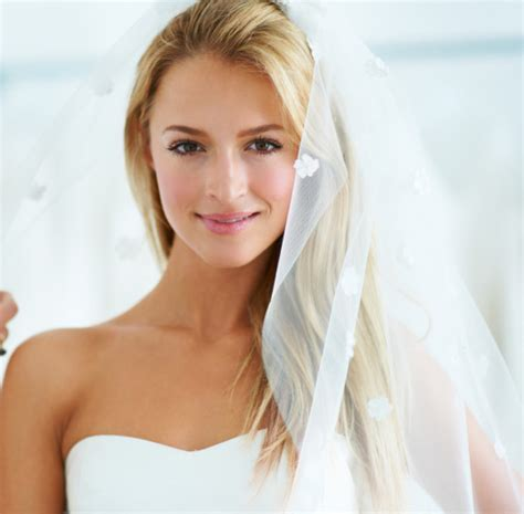 Wedding Hair And Makeup Tips by The Five Best Wedding Day Hair And Makeup Tips Chatelaine