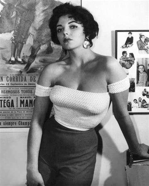 50s Joan Collins : OldSchoolCelebs