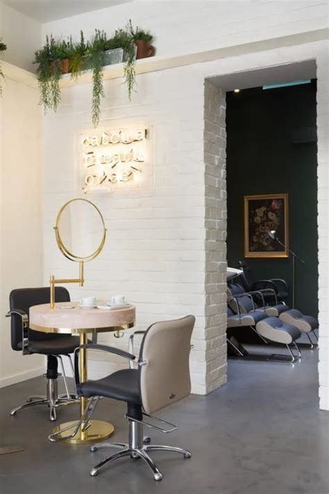 Vanity Blowout Bar by 25 Best Ideas About Bar On Bar