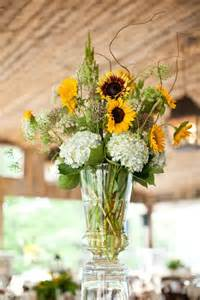 sunflower arrangements ideas 25 best ideas about sunflower table arrangements on pinterest sunflower centerpieces