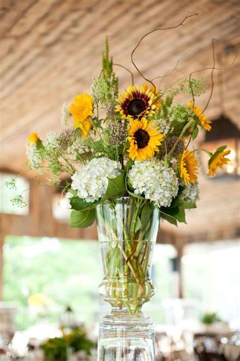 Sunflower Centerpieces For Weddings 25 Best Ideas About Sunflower Table Arrangements On
