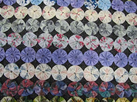 Quilting Circles by Photographs Of Quilt Made From Fabric Circles Open