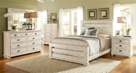 Distressed White Washed Bedroom Furniture by Distressed White Bedroom Furniture Decor Womenmisbehavin