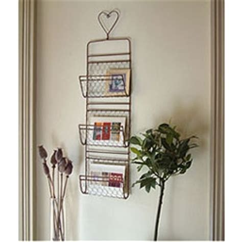 Mojolondon Grand Illusions Wire Heart Wall Letter Rack