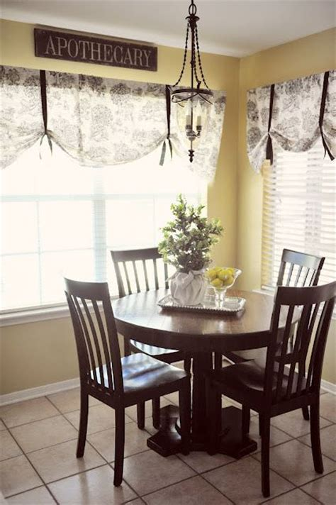 Window Treatments For Dining Room And Living Room by Living Room Dining Room Kitchen Window Treatment Idea