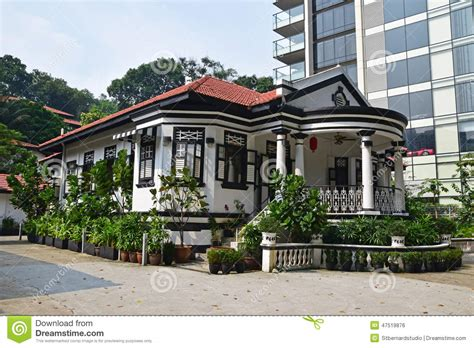 Open Concept Bungalow House Plans by Traditional Colonial House Singapore Next To Modern