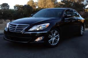 2013 hyundai genesis v 6 sedan front side view lights on