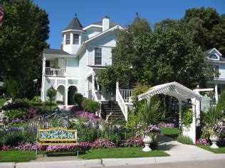 mackinac island bed and breakfast metivier inn is a classic and terrific bed and breakfast