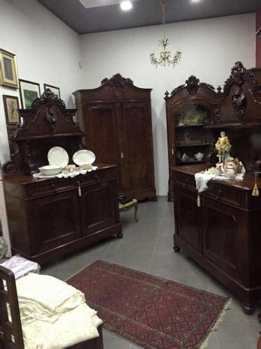 mobili antichi catania coppia piattaie antiquariato acireale mobili antichi