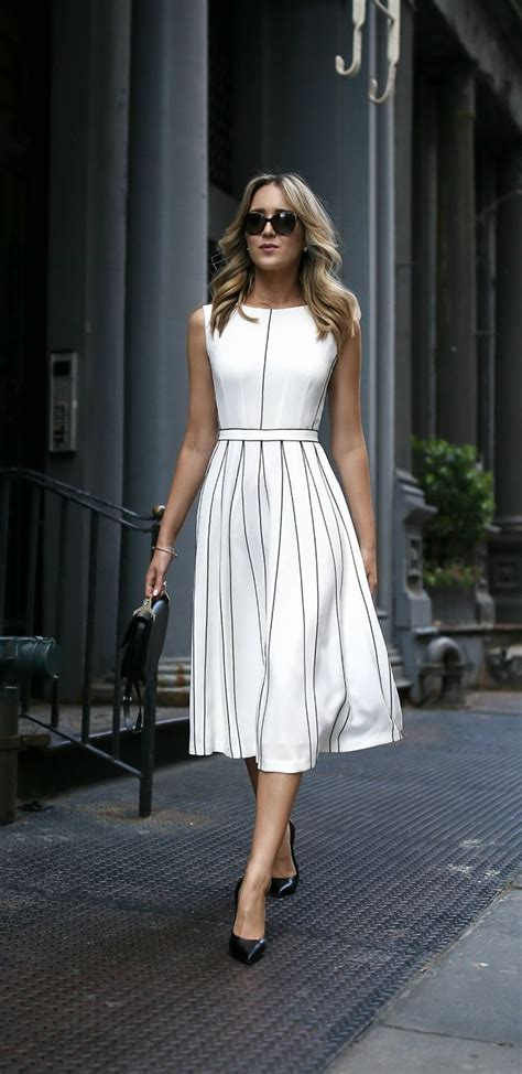 classic wardrobe best 25 classy dress ideas on pinterest executive fashion sophisticated dress and ladies