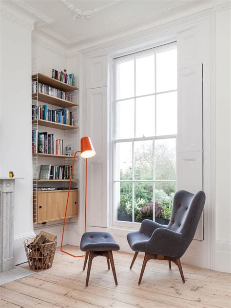 10 essentials for a cozy reading nook