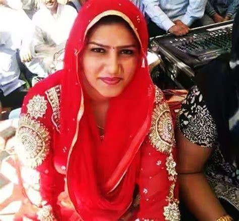 sapna choudhary zee news sapna chaudhary profile wiki family boyfriend and husband