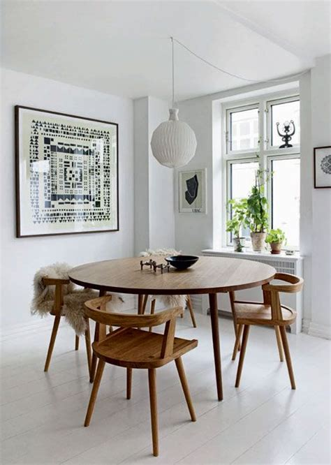 Meja Makan Kayu Bulat meja makan minimalis untuk rumah yang berdesain modern