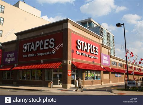 Office Supplies Store Illinois Chicago Exterior Of Staples Office Supplies Store