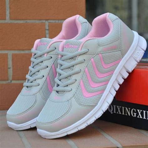 Sepatu Wanita Cewek Sepatu Tali Yeezy New Pink Replika Terlaris new perempuan pelatih lari sepatu olahraga sepatu fashion