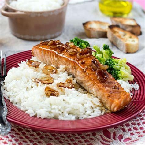 cuisiner des pav駸 de saumon recette pav 233 de saumon laqu 233 224 la bi 232 re facile rapide