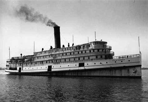 paddle boats greenfield lake ss columbus paddle wheel steamboat transportation and