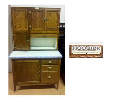 Kitchen Cabinets Auction A Lovely Hoosier Kitchen Cabinet Auction Finds
