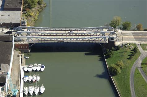 boat slips for rent chicago il ashland avenue bridge in chicago il united states