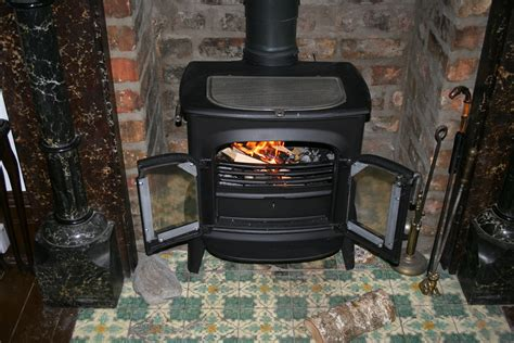 oven for warm without chimney how to heat your home without electricity survivopedia