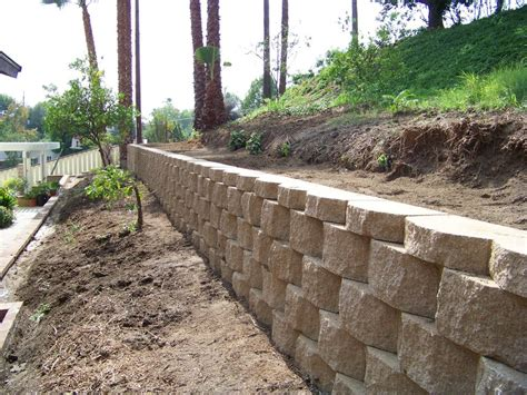 Keystone Retaining Wall Oc Block Wall Project In Yorba Keystone Garden Wall