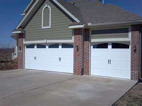 Clopay Insulated Garage Doors Clopay Gallery Collection Carriage Style Steel Insulated