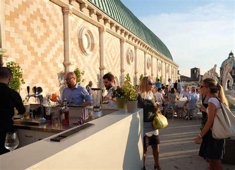 basilica palladiana terrazza musica sulla terrazza della basilica palladiana nel