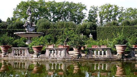 palazzo pitti giardino di boboli firenze palazzo pitti giardino di boboli e corridoio