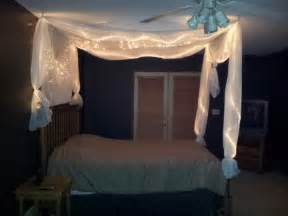 Diy Canopy Bed With Lights Diy Bed Light Canopy Winter Bedroom Ideas Diy Bed Frame Diy Bed And Light Canopy