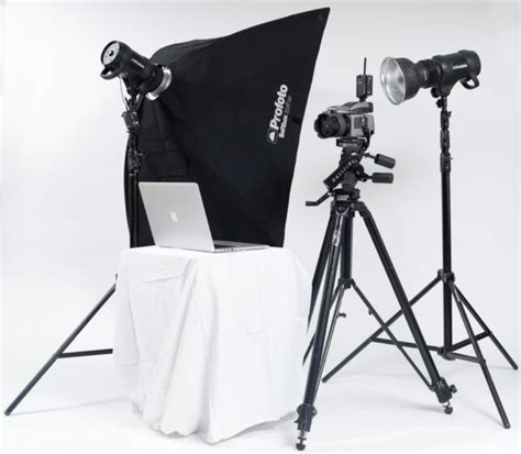 Sewa Softbox profoto b1 500 with hasselblad h5d medium format package