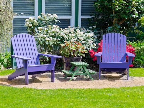 Painting Patio Furniture Ideas by Painting Outdoor Wood Furniture At The Galleria