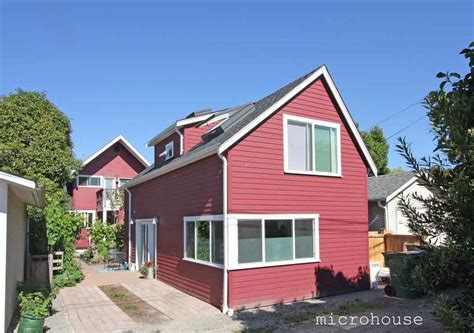 backyard micro house a seattle backyard cottage for empty nesters microhouse small house bliss