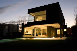 best house designs the black house for young couple casa mck digsdigs