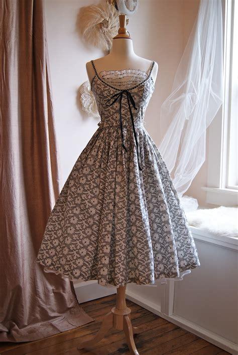 xtabay vintage clothing boutique portland oregon top