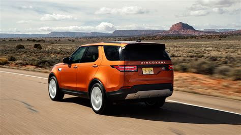reviews of land rover land rover discovery 2017 review by car magazine
