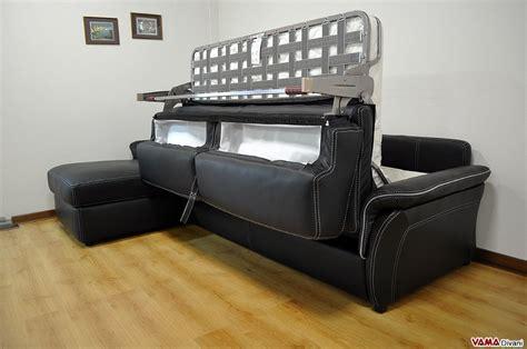 divani angolari letto divano angolare con letto matrimoniale e penisola contenitore