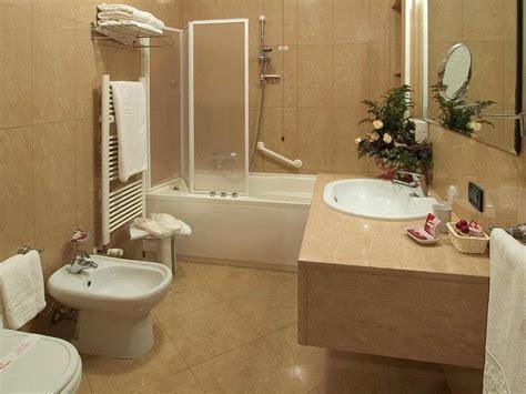 desain kamar mandi minimalis model interior terbaik