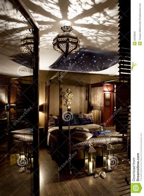 schlafzimmer orientalisch yarial lila braun wand interessante ideen f 252 r die