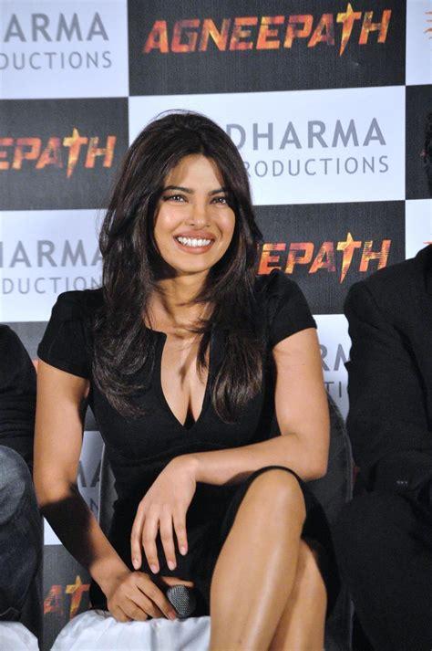 priyanka chopra agneepath photos priyanka chopra hot in agneepath priyanka chopra hot