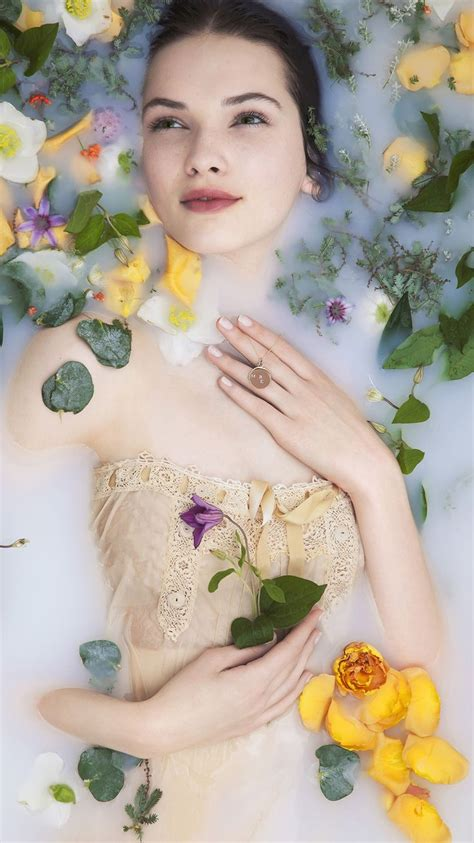 flower bathtub 17 best images about female portrait inspiration water on pinterest female portrait drown