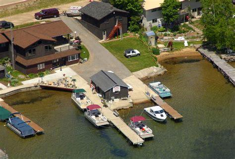 pontoon boat rental munising mi seaberg pontoon rental in munising mi united states