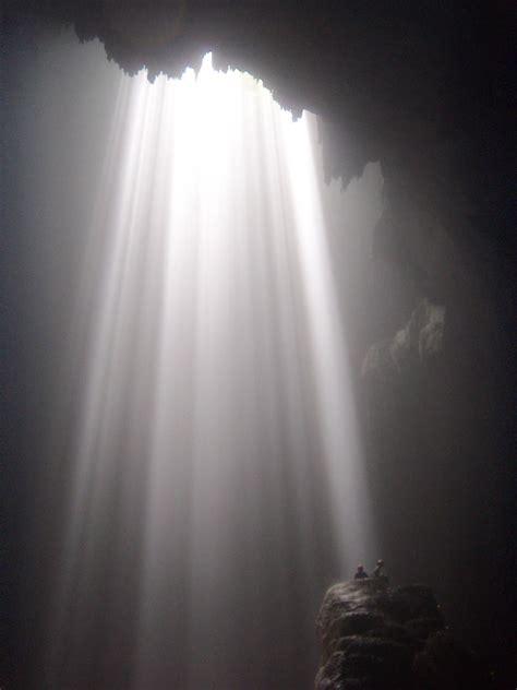 light from heaven at luweng grubuk surga di khatulistiwa