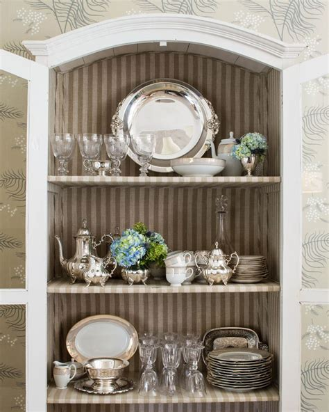 Decorating China Cabinet by 25 Best Ideas About China Cabinet Decor On