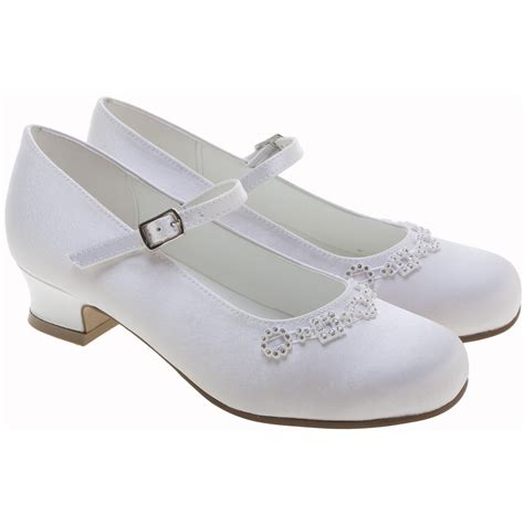 white shoes white communion shoes diamantes shapes cachet