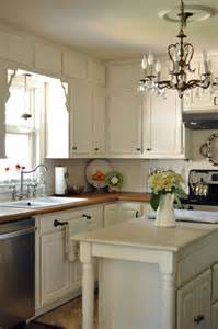 Linen White Kitchen Cabinets by The Cabinets Are Benjamin Moore Linen White Which Is A
