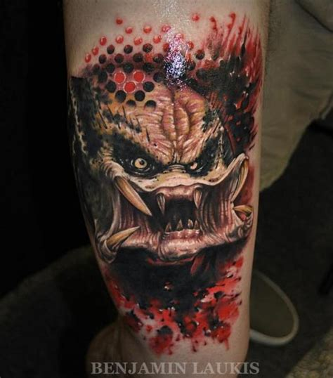 tatouage fantaisie monstre cuisse par pure vision tattoo