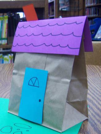 Paper Bag House Craft - december 2014 kidjamboree