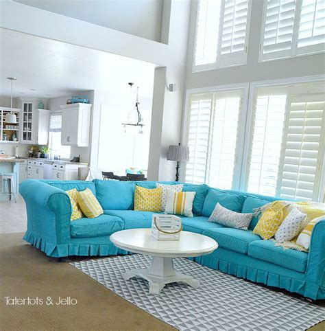 turquoise slipcover remodelaholic 28 ways to bring new life to an old sofa