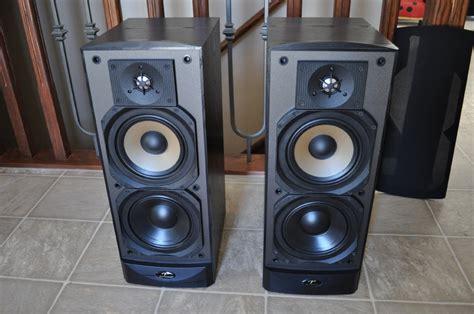paradigm reference studio   speakers  sale canuck