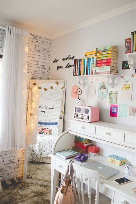 teenage girl bedroom ideas for a small room 25 best ideas about teen bedroom on pinterest teen